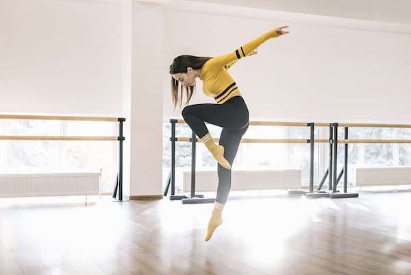 女性 ダンス