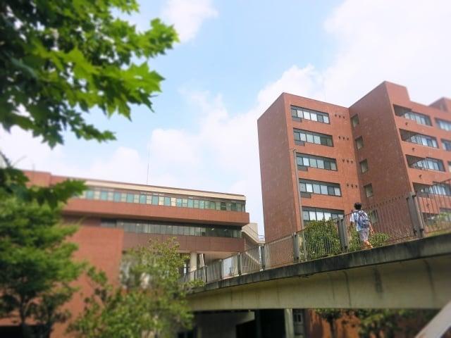 キャンパスの外観